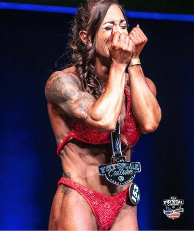 Lauren Hemming - Torres. PCA Figure World Champion