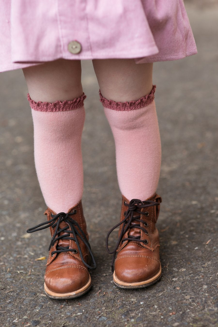 LITTLE STOCKING COMPANY BLUSH + MAUVE LACE TOP KNEE HIGHS