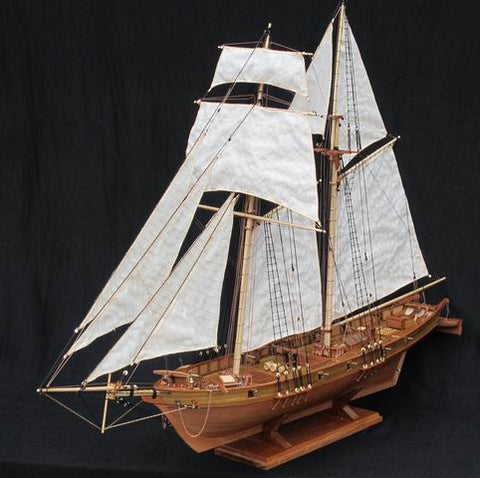 Modelo de madeira do antigo navio de guerra Harvey 1847