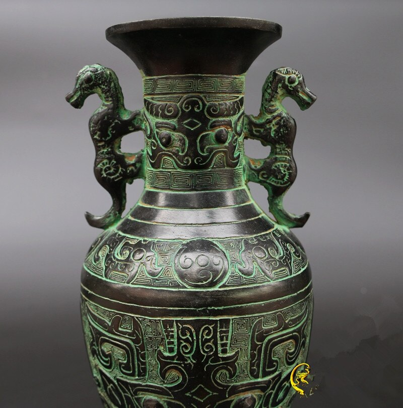 Two tigers pot of bronze antique tibetan vase