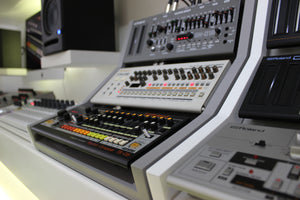 3 Tier Fonik Audio stands with Roland Boutiques