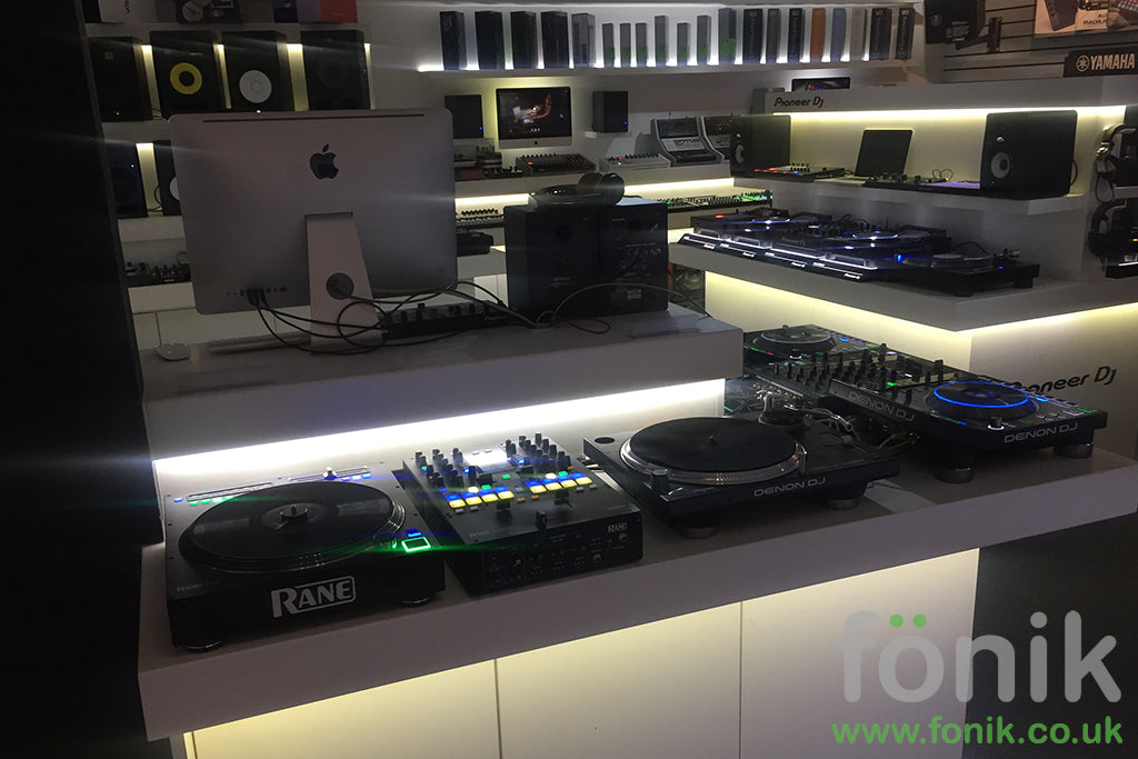 fonik studio furniture for djs and music production