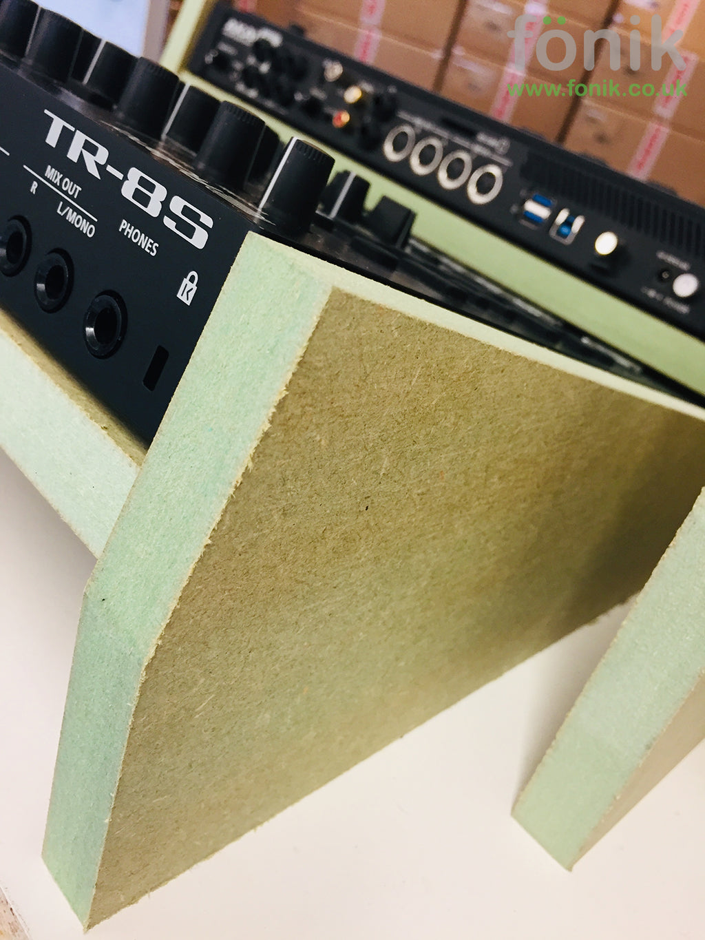 fonik stand for roland tr-8s in manufacture