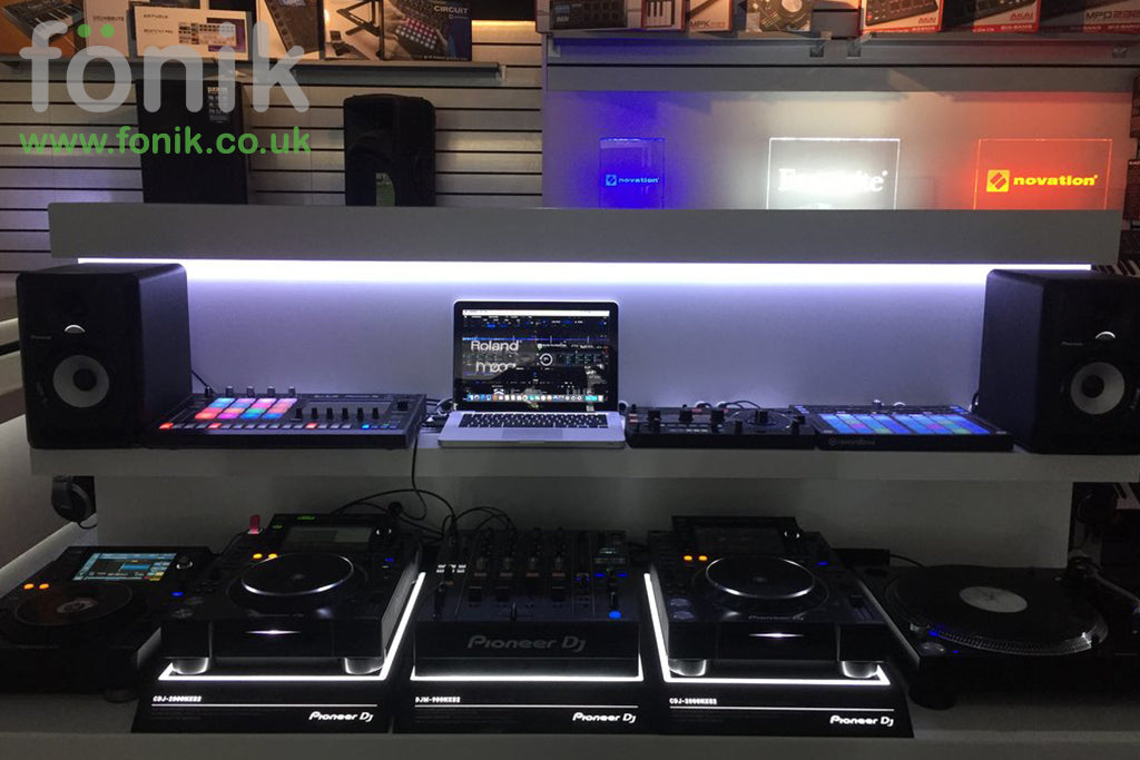 fonik bespoke furniture for djs and music producers