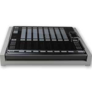 grey fonik stand for ni maschine jam shown with decksaver cover