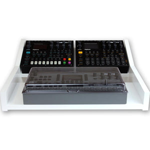 white fonik stand for elektron multi setup shown with decksaver cover