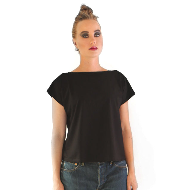 Vietto Top with v-shaped back neckline