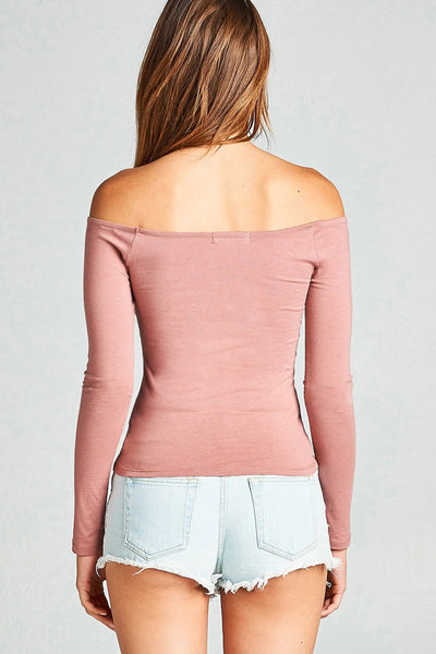 Ladies form-fitting silhouette fashion top