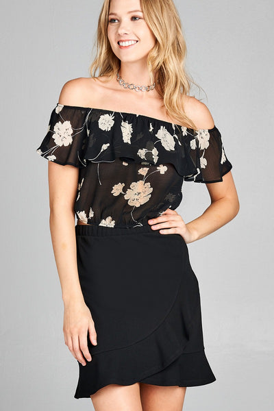 Ladies fashion off the shoulder w/ruffle elastic hem floral print crop woven top
