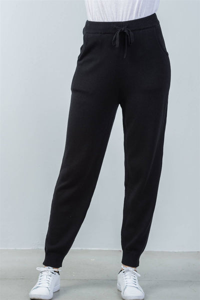 Ladies fashion elasticized rib-knit black lounge joggers pants