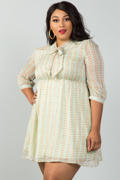 Ladies fashion plus size green bird print tie-neck dress with keyhole back