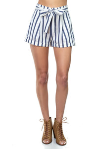 Stripe Belted Short Pants