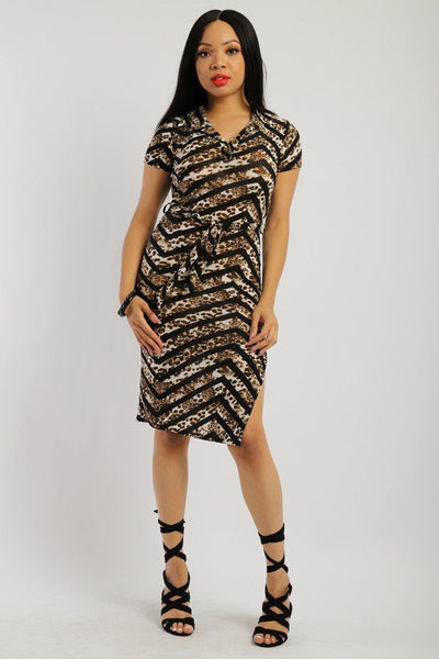 Print Midi Tee Dress With Short Sleeves Collared V Neckline, Decorative Button, Matching Belt And A Side Slit