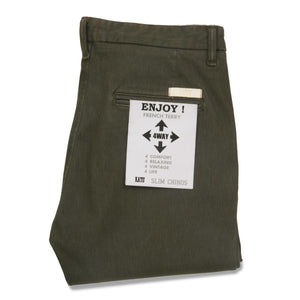 French Terry Slim Chino - Military Green