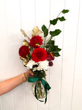 Load image into Gallery viewer, Christmas Mini Posy