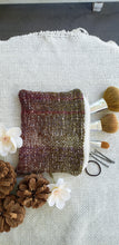Load image into Gallery viewer, Handwoven Zipper Pouch // White Purple Natural