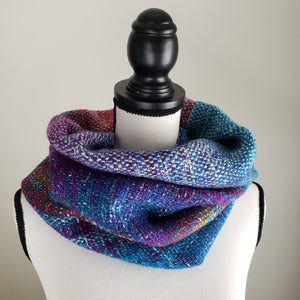 039 Cowl | Teal Rainbow