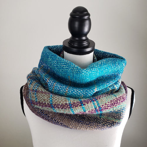 050 Cowl | Teal Gray Earth