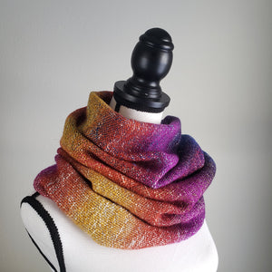 009 Cowl | Rainbow Yellow Magenta Purple