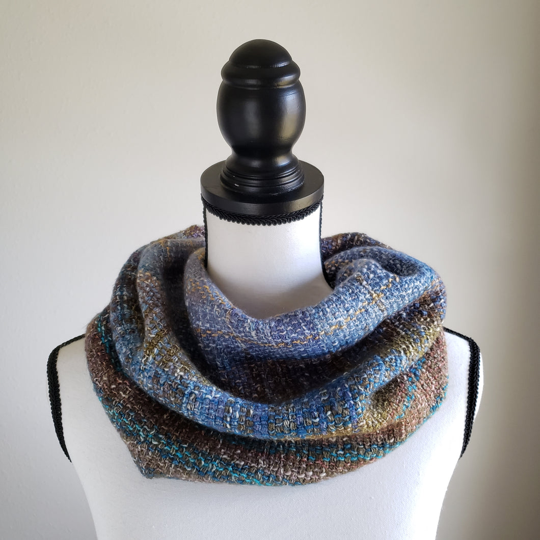 067 Half Cowl | Blue Earth