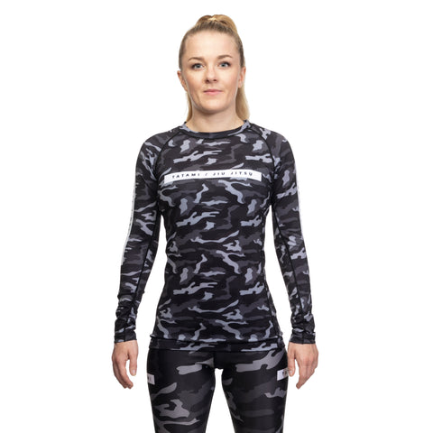Ladies Rival Black & Camo Long Sleeve Rash Guard - Black