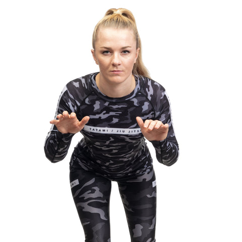 products/Rival_BlackCamo_RashGuardLS_005.jpg