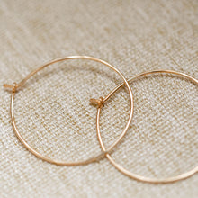 Load image into Gallery viewer, Everyday- Classic Hoop Earring