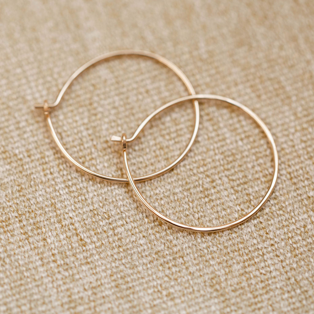 Everyday- Classic Hoop Earring