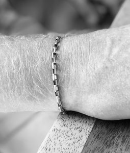 Eterna Bracelet- The Permanent Bracelet