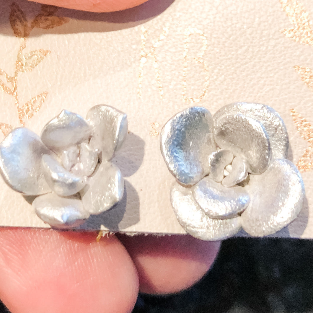 Tiny- Succulent Stud Earrings (pair)