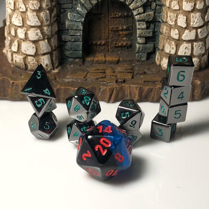 Extended 10mm Gloss Black Polyhedral RPG Dice Set With Green Numbers