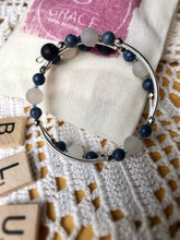 Load image into Gallery viewer, Blue Coral Expandable Diffuser Bracelet