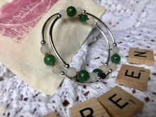 Load image into Gallery viewer, Green Aventurine Expandable Diffuser Bracelet