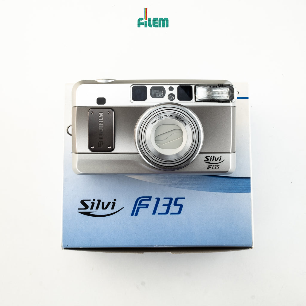 BRAND NEW Fujifilm Silvi F135 Full Box