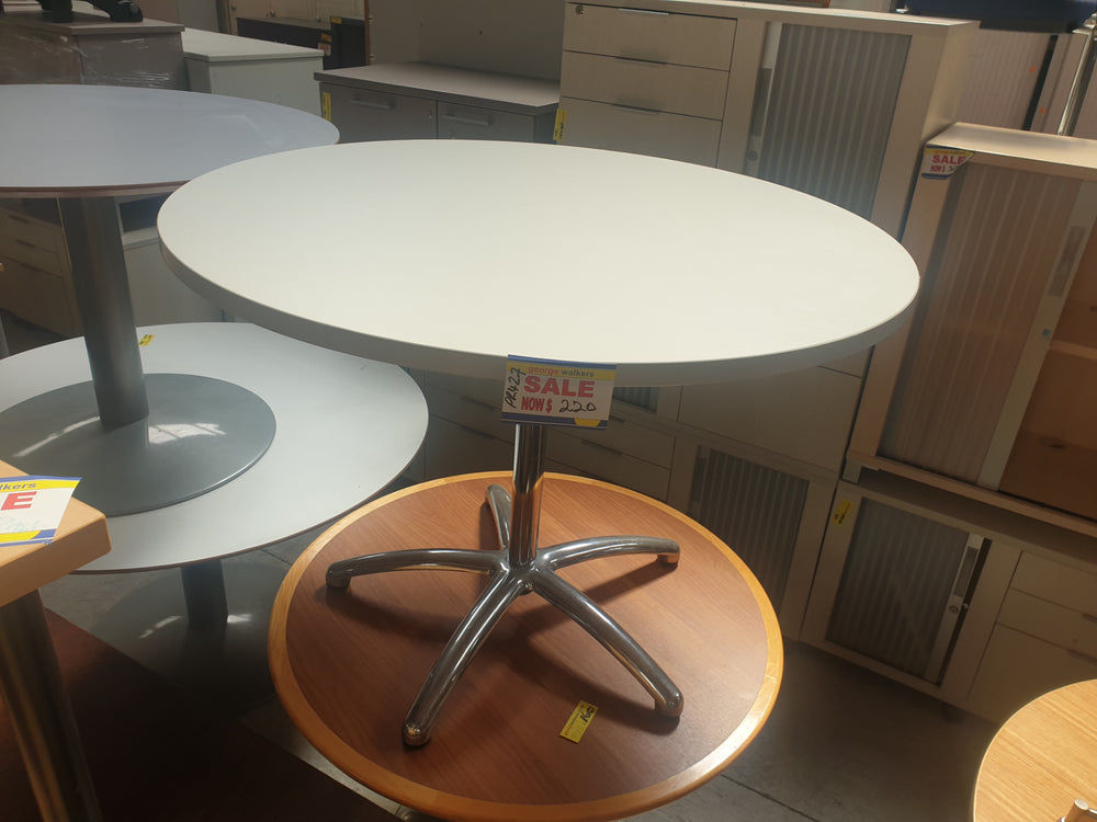 Grey/White Meeting Table Round