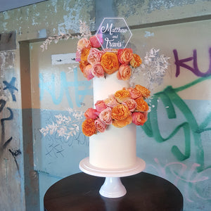 Sunshine coast based Custom Cakes, Wedding Cakes, Engagement Cakes