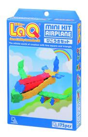 Airplane featured in the LaQ mini kit set
