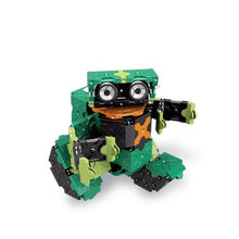 Load image into Gallery viewer, Mini robot featured in the LaQ robot jade set