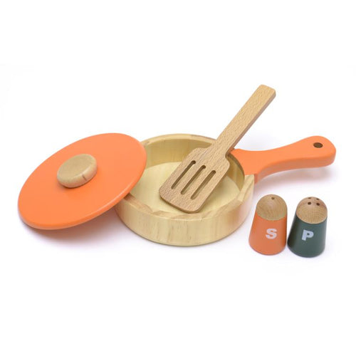 Frying pan set display featured in the woody puddy set