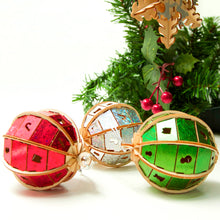 Load image into Gallery viewer, [JIGZLE Wooden Puzzle]<br>Christmas Ornaments Box Set (3 in one)