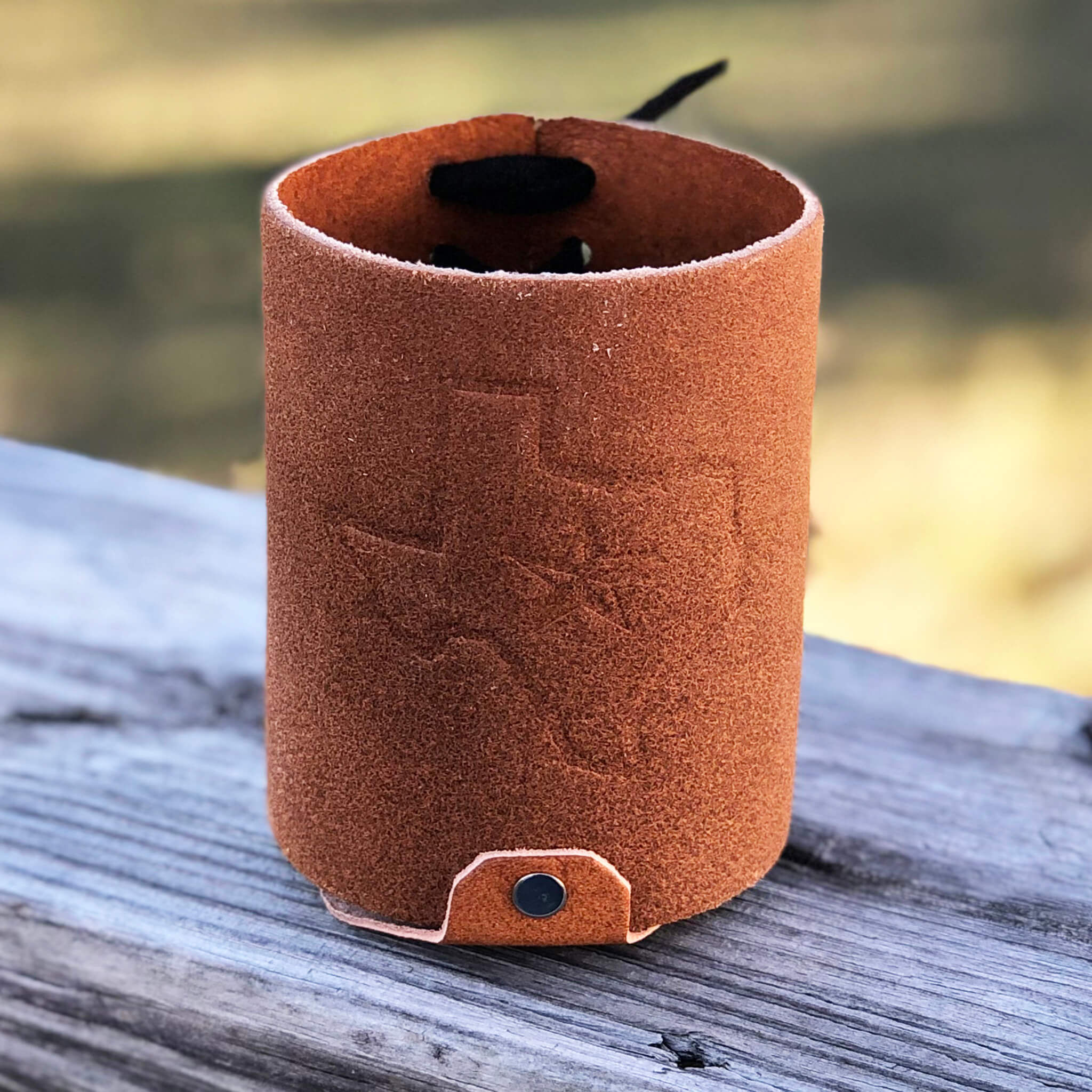 Leather Can Koozie - Fredericksburg Farms