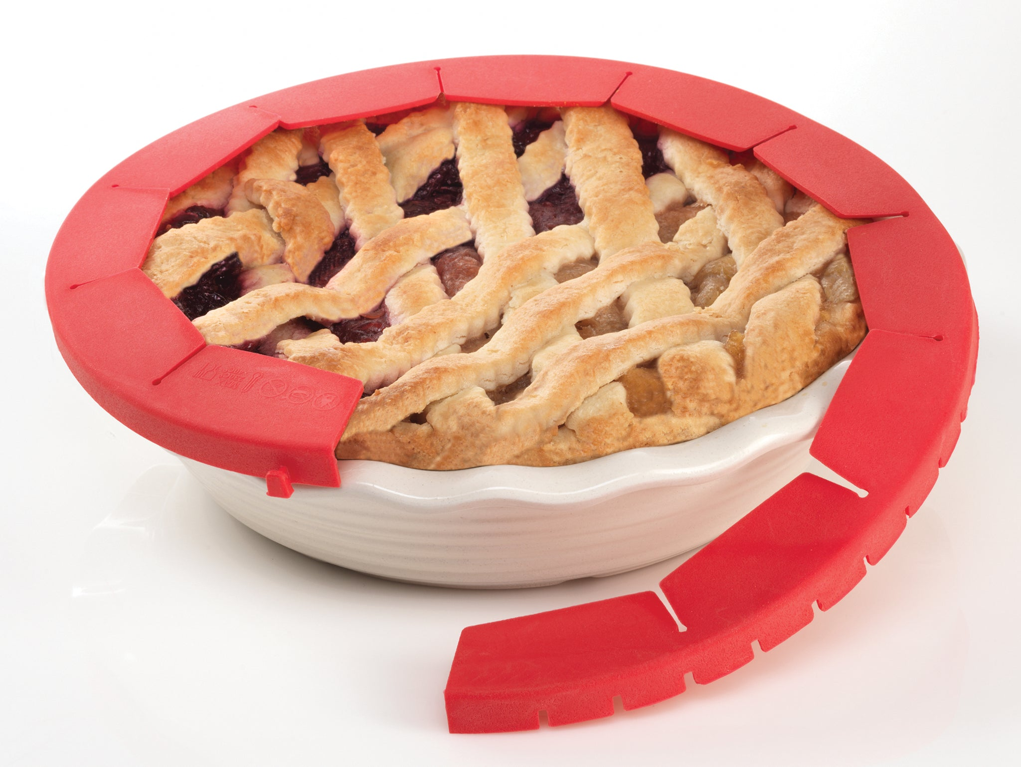 Adjustable Pie Crust Shield