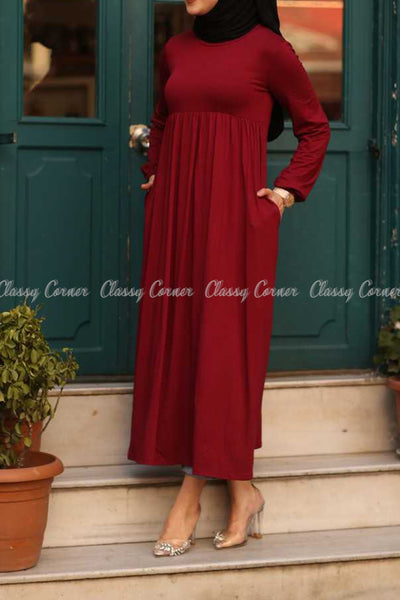 Red Modest Maternity Long Dress - side pockets details