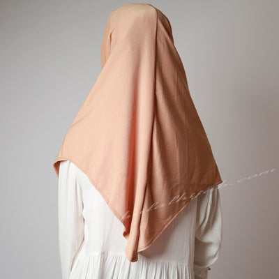 Dusty beige Golden Diamond, Hijab online, Hijab Women, Hijab House, Hijab style, Hijab fashion, How to wear Hijab,