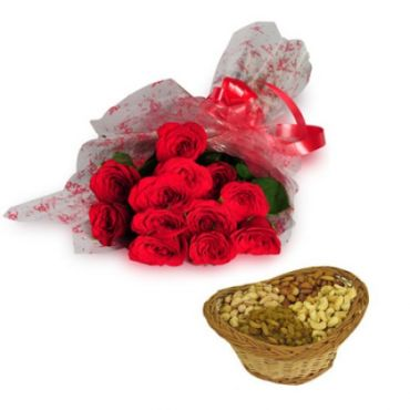 Roses Bunch and Dry Fruits Gift Hamper  - Expressluv.in