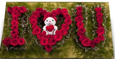 I Love You - Flowers made, I love you flower bouquet with a teddy bear in center  - Expressluv.in