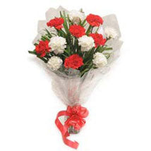 Dual Delight Bouquet  - Expressluv.in