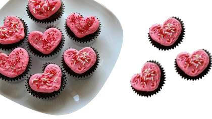 Heart Shape Chocolate Valentine Cup Cake 10 Piece