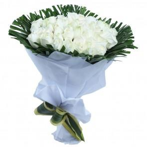 White Roses Bunch - 12  - Expressluv.in