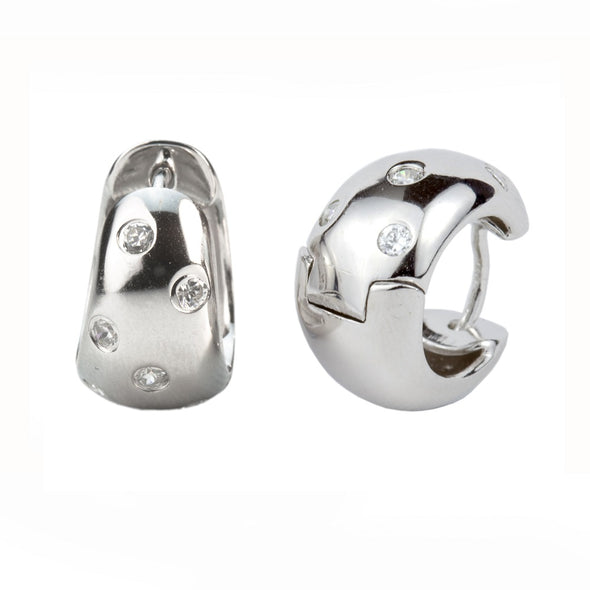 Etoile Huggie Hoop Earrings